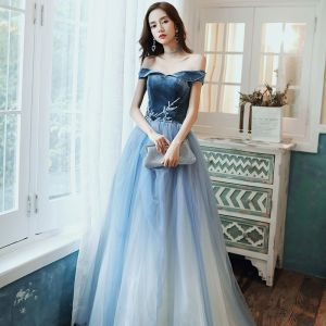 Fashion Ocean Blue Prom Dresses 2020 A-Line / Princess Suede Off-The-Shoulder Beading Lace Flower Sleeveless Backless Floor-Length / Long Formal Dresses