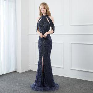Wysokiej Klasy Granatowe Wykonany Ręcznie Sukienki Wieczorowe Syrena / Rozkloszowane 2020 Posiadacz Frezowanie Kryształ Bez Rękawów Bez Pleców Podział Przodu Trenem Sweep Sukienki Wizytowe