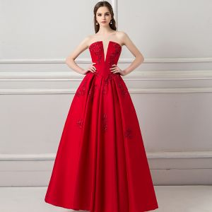 Elegant Burgundy Prom Dresses 2018 A-Line / Princess V-Neck Sleeveless Appliques Lace Beading Ankle Length Ruffle Backless Formal Dresses