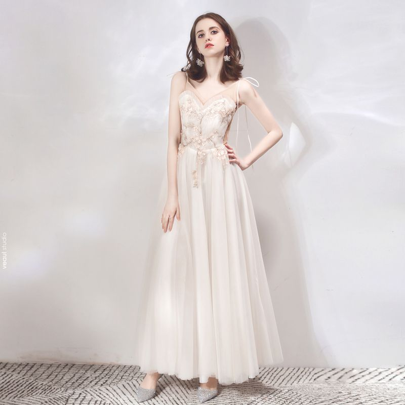 Charming Champagne Evening Dresses  2019 A-Line / Princess Spaghetti Straps Sleeveless Appliques Lace Floor-Length / Long Ruffle Backless Formal Dresses