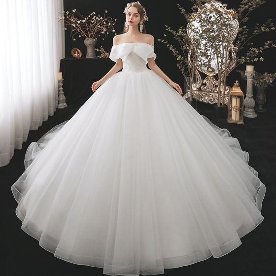 Modest / Simple Ivory Bridal Wedding Dresses 2020 Ball Gown Off-The-Shoulder Short Sleeve Backless Beading Glitter Tulle Cathedral Train Ruffle