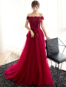Glamorous Evening Dresses 2017 Off The Shoulder Beading Applique Flowers Burgundy Dress