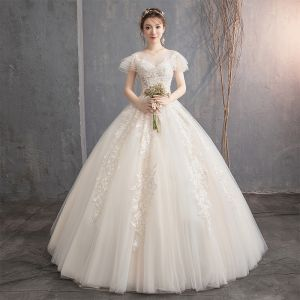 Lovely Champagne Wedding Dresses 2019 Ball Gown Scoop Neck Beading Lace Flower Short Sleeve Backless Floor-Length / Long