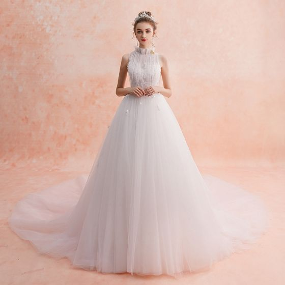 Modest Simple Ivory Wedding Dresses 2019 Empire High Neck Sleeveless Appliques Lace Cathedral Train Ruffle