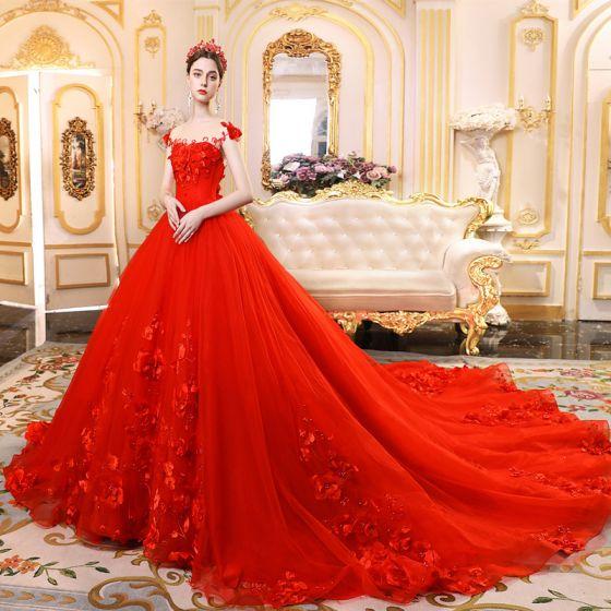 High-end Röd Bröllopsklänningar 2019 Prinsessa Urringning Beading Tassel Pärla Appliqués Ärmlös Halterneck Royal Train