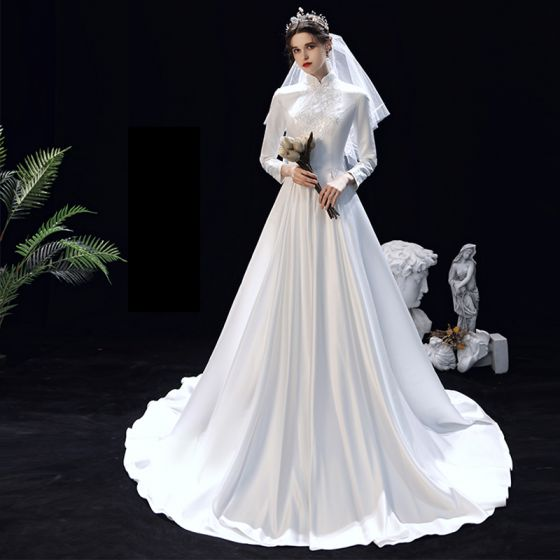 Modest  Muslim White Satin Winter Bridal Wedding Dresses 2020 A-Line / Princess High Neck Long Sleeve Appliques Lace Sweep Train Ruffle