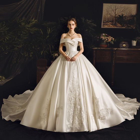Chic / Beautiful Ivory Satin Wedding Dresses 2019 Ball Gown Off-The-Shoulder Short Sleeve Backless Appliques Lace Rhinestone Chapel Train Ruffle