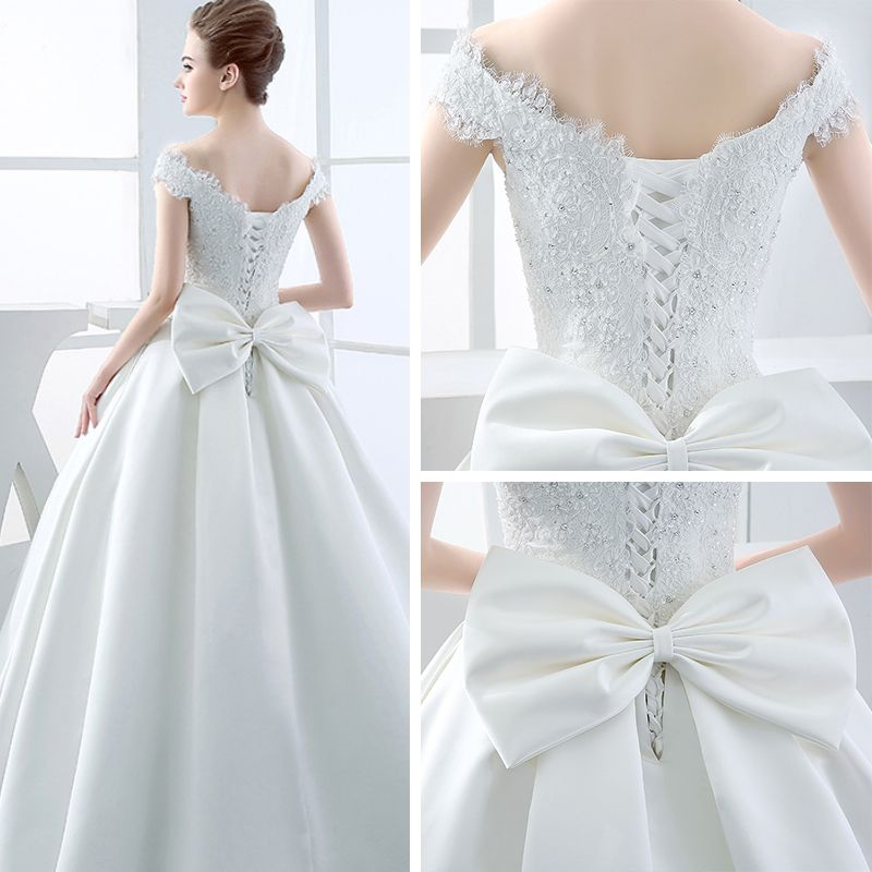 Chic / Beautiful Hall Wedding Dresses 2017 Floor-Length / Long White Ball Gown V-Neck Sleeveless Backless Rhinestone Bow Sash Lace Appliques
