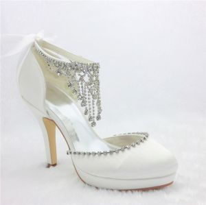 Efektowne Białe Buty Ślubne Satynowe Szpilki Z Rhinestone Wisiorek Biżuteria