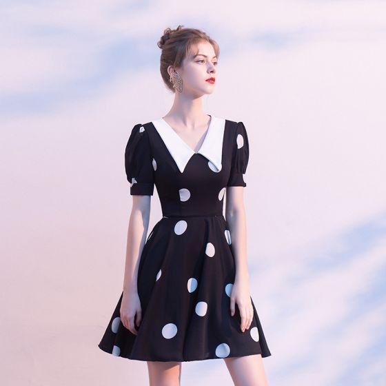 Piękne Czarne Homecoming Sukienki Na Studniówke 2020 Princessa V-Szyja Bufiasta Kótkie Rękawy Krótkie Wzburzyć Spleciona Sukienki Wizytowe