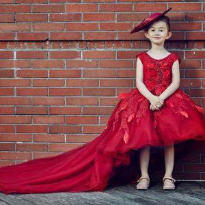 Mooie / Prachtige Kerk Jurken Voor Bruiloft 2017 Bloemenmeisjes Jurken Rode Baljurk Asymmetrisch Ronde Hals Mouwloos Ruglooze Bloem Appliques Parel Veer