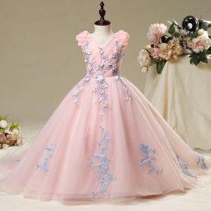 Schöne Saal Kleider Für Hochzeit 2017 Mädchenkleider Rosa Ballkleid Kapelle-Schleppe V-Ausschnitt Ärmellos Blumen Applikationen Perle