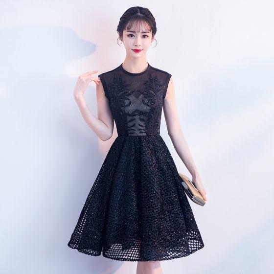 Vestidos de moda en negro