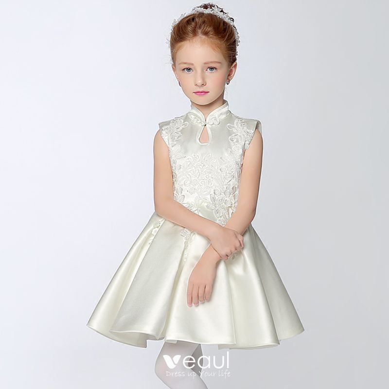 Chinese style Church Wedding Party Dresses 2017 Flower Girl Dresses White Short A-Line / Princess Cascading Ruffles High Neck Sleeveless Appliques Flower