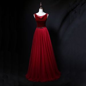 Chic / Beautiful Burgundy Prom Dresses 2018 A-Line / Princess Crystal Rhinestone Suede V-Neck Backless Sleeveless Floor-Length / Long Formal Dresses