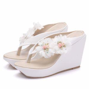 Modern / Fashion White Beach Womens Shoes 2018 Appliques Wedges Slipper & Flip flops