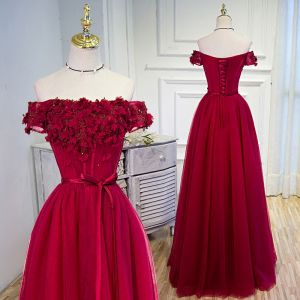 Chic / Beautiful Burgundy Evening Dresses  2020 A-Line / Princess Off-The-Shoulder Sequins Lace Flower Appliques Short Sleeve Backless Floor-Length / Long Formal Dresses