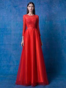 2016 Glamour Encolure Manches Longues En Dentelle De Perles Robe De Soirée En Organza Rouge Avec Ceinture