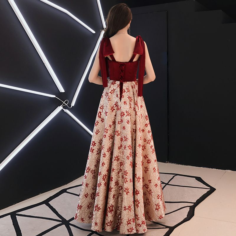 Modern / Fashion Burgundy Evening Dresses  2019 A-Line / Princess Shoulders Sleeveless Embroidered Flower Floor-Length / Long Ruffle Backless Formal Dresses