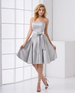 Strapless Neckline Sleeveless Thigh Length Bowknot Satin Woman Bridesmaids Dresses