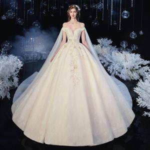 Piękne Szampan ślubna Suknie Ślubne 2020 Suknia Balowa Przy Ramieniu Kótkie Rękawy Bez Pleców Aplikacje Z Koronki Kwiat Cekiny Frezowanie Trenem Katedra Wzburzyć