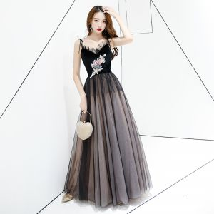 Chic / Beautiful Black Evening Dresses  2019 A-Line / Princess Spaghetti Straps Lace Flower Sleeveless Backless Sweep Train Formal Dresses