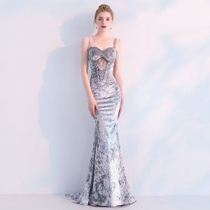 Sexy Silver Evening Dresses  2019 Trumpet / Mermaid Suede Beading Pearl Spaghetti Straps Sleeveless Backless Sweep Train Formal Dresses