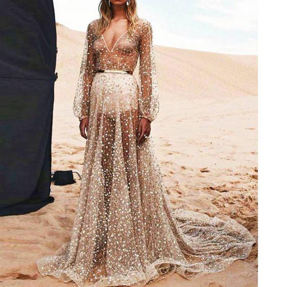 Sexy Zilveren Strand Maxi-jurken 2018 A lijn Doorzichtige Glans Pailletten V-Hals Lange Mouwen Ruglooze Lange Dameskleding