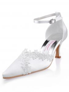 Head Cross Embroidered Satin Wedding Toe Straps Decorated With Party Shoes