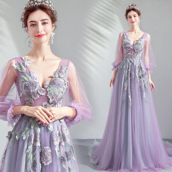 Eleganta Lavendel Balklänningar 2019 Prinsessa V-Hals Spets Appliqués Rhinestone 3/4 ärm Halterneck Svep Tåg Formella Klänningar
