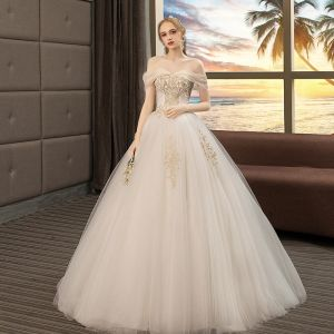 Affordable Ivory Wedding Dresses 2019 A-Line / Princess Off-The-Shoulder Short Sleeve Backless Appliques Lace Beading Floor-Length / Long Ruffle