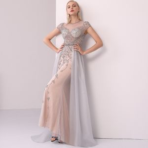 High-end Champagne Grey Evening Dresses  2020 A-Line / Princess Scoop Neck Handmade  Beading Crystal Rhinestone Short Sleeve Floor-Length / Long Formal Dresses