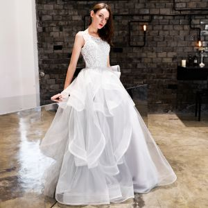 Chic / Beautiful White Prom Dresses 2019 A-Line / Princess Lace Cascading Ruffles Scoop Neck Backless Sleeveless Floor-Length / Long Formal Dresses