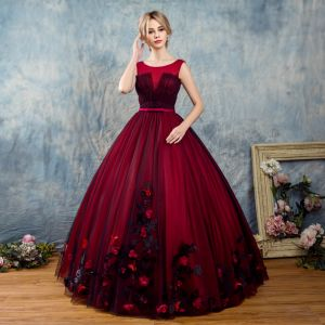 Vintage Burgundy Prom Dresses 2017 Ball Gown Scoop Neck Sleeveless Appliques Flower Bow Sash Floor-Length / Long Ruffle Backless Formal Dresses