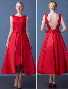 2016 Mode-schaufel-ausschnitt Gebördelte Backless Roten Dicken Satin Partykleid Mit Schärpe