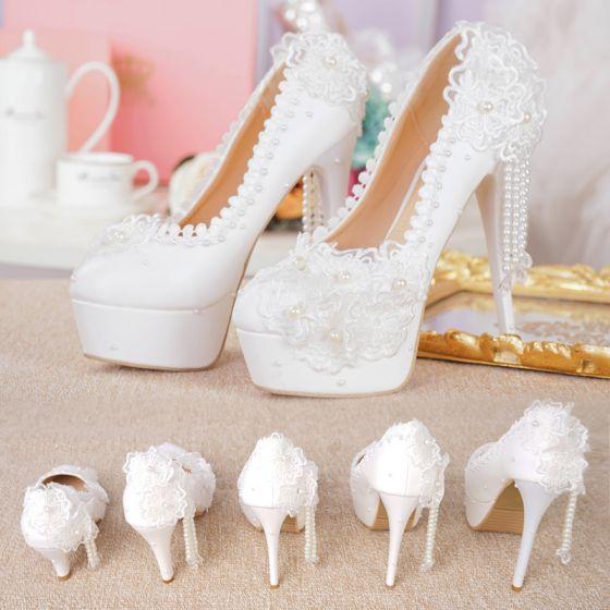 Charming Ivory Lace Flower Wedding Shoes 2021 Waterproof Pearl Tassel 15 cm Stiletto Heels Round Toe Wedding Pumps High Heels