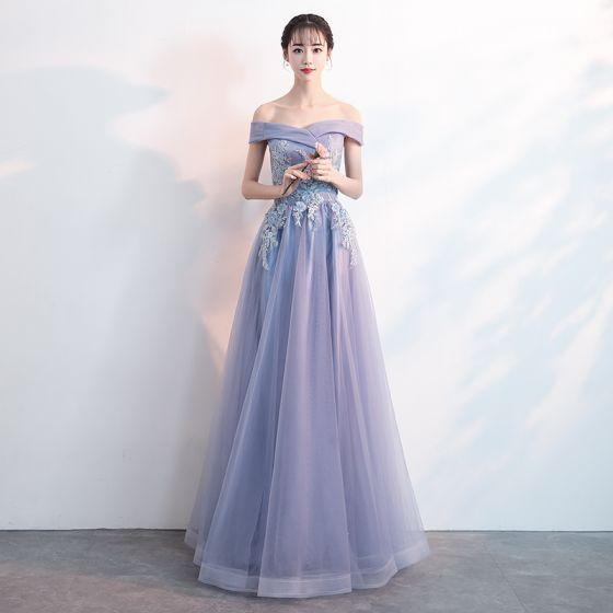Encantador Espliego Vestidos de noche 2019 A-Line / Princess Fuera Del Hombro Rebordear Perla Con Encaje Flor Manga Corta Sin Espalda Largos Vestidos Formales