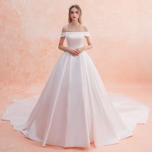 Modest / Simple Ivory Wedding Dresses 2019 A-Line / Princess Off-The-Shoulder Short Sleeve Backless Cathedral Train