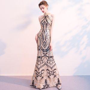 Chic / Beautiful Black Gold Sequins Evening Dresses  2018 Trumpet / Mermaid Scoop Neck Strapless Sleeveless Beading Floor-Length / Long Ruffle Formal Dresses