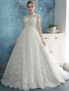 Beaux Pétales De Robe De Mariée 2016 Une Ligne Carrée À La Main Décolleté Robes De Mariée