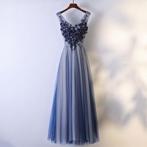 Chic / Belle Robe De Ceremonie 2017 Bleu Marine Dentelle Fleur Princesse Longue V-Cou Sans Manches Robe De Bal