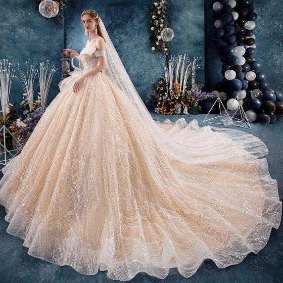 Elegante Champagner Brautkleider / Hochzeitskleider 2019 Ballkleid Off Shoulder Kurze Ärmel Rückenfreies Glanz Tülle Applikationen Spitze Perlenstickerei Kathedrale Schleppe Rüschen