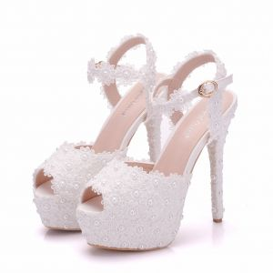 Modern / Fashion White Wedding Shoes 2018 Lace Flower Pearl Ankle Strap 14 cm Stiletto Heels Open / Peep Toe Wedding High Heels