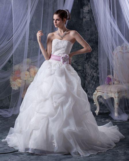 Elegant Mermaid Axelbandslos Organza Satin Broderi En Linje Brudklänningar Bröllopsklänningar