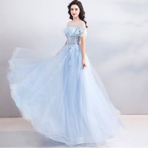 Chic / Beautiful Sky Blue Court Train Evening Dresses  2018 A-Line / Princess U-Neck Tulle Appliques Backless Beading Feather Evening Party Formal Dresses