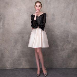 Modern / Fashion Black Champagne Homecoming Graduation Dresses 2018 A-Line / Princess V-Neck Long Sleeve Appliques Lace Sash Short Ruffle Backless Formal Dresses