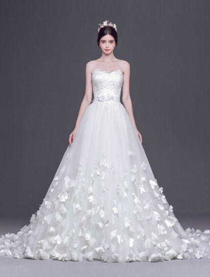 A-line Prinsessa Älskling Handgjorda Blommor Tailing Bröllopsklänning