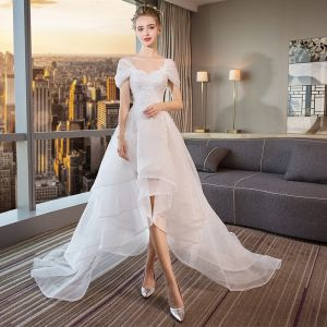 Modern / Fashion High Low White Wedding Dresses 2018 A-Line / Princess Appliques Lace Off-The-Shoulder Backless Sleeveless Court Train Wedding