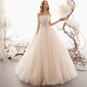 Elegant Champagne Outdoor / Garden Wedding Dresses 2019 A-Line / Princess Spaghetti Straps Sleeveless Backless Appliques Lace Beading Floor-Length / Long Ruffle