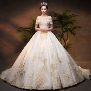 Luxury / Gorgeous Champagne Wedding Dresses 2019 Ball Gown Off-The-Shoulder Short Sleeve Backless Appliques Lace Handmade  Beading Pearl Chapel Train Ruffle